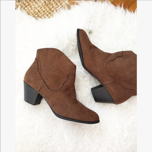 a7018021c4554 Faded Glory faux suede tan booties